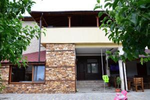 Baneva House