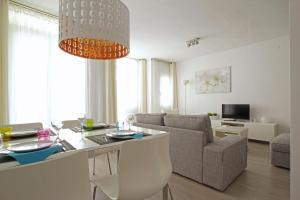 Friendly Rentals Warm Sands, Ferienwohnungen  Sitges - big - 2