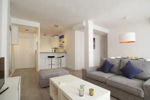 Friendly Rentals Warm Sands, Ferienwohnungen  Sitges - big - 1