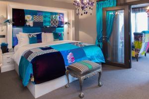 Squint Penthouse Suite