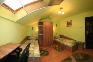 Pensiunea Radena, Guest houses  Arad - big - 10
