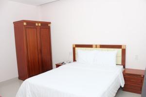 Hoang Ngoc Hotel, Hotels  Pleiku - big - 11