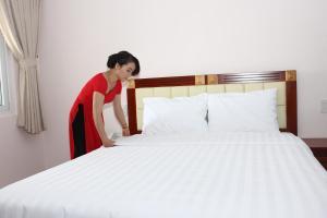 Hoang Ngoc Hotel, Hotels  Pleiku - big - 10