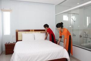 Hoang Ngoc Hotel, Hotels  Pleiku - big - 13