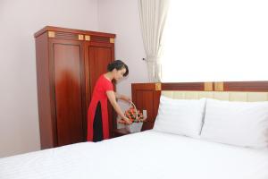 Hoang Ngoc Hotel, Hotels  Pleiku - big - 5