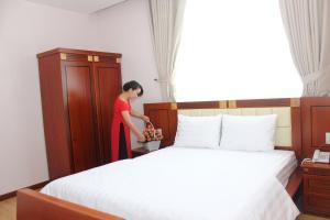 Hoang Ngoc Hotel, Hotels  Pleiku - big - 20