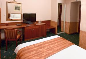 Hotel Glam, Hotels  Skopje - big - 32