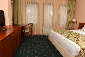 Hotel Glam, Hotels  Skopje - big - 22