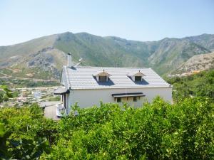Vila Altini Borsh, Apartmanok  Borsh - big - 14