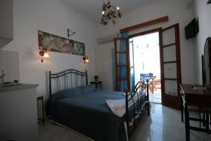 Studios Bourgos, Residence  Naxos Chora - big - 9