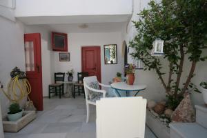 Studios Bourgos, Residence  Naxos Chora - big - 17