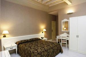 Prenota Palazzo Riario