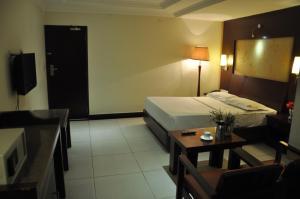 Hotel Shaans, Szállodák  Tiruccsirápalli - big - 15