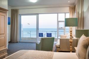Luxe Tweepersoonskamer met Zeezicht