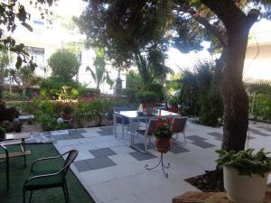 Angela Hotel, Hotels  Agia Marina Aegina - big - 57
