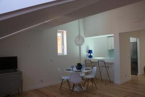 Loving Chiado, Appartamenti  Lisbona - big - 10