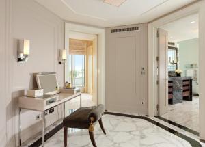 The Terrace Penthouse Suite