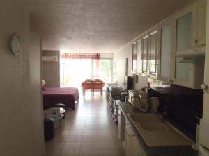 Studio 27 Orient Bay, Apartments  Orient Bay - big - 49