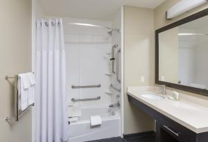 Studio Suite with Hearing/Disability Access - Non-Smoking