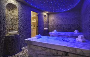 Four Seasons Hotel Bahrain Bay (4 of 58)