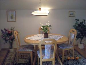 Ferienwohnung Diwoky, Apartments  Sankt Gilgen - big - 6