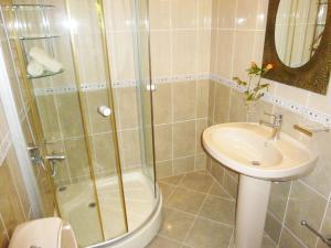 Vila Altini Borsh, Apartmanok  Borsh - big - 39