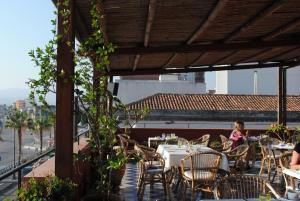 Petit Hotel, Hotel  Milazzo - big - 91