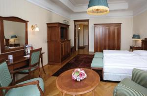 Superior Double or Twin Room with River View
