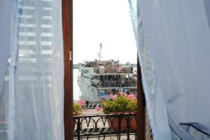 Petit Hotel, Hotel  Milazzo - big - 17