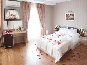 Hotel Bravo Lux, Hotel  Samara - big - 13