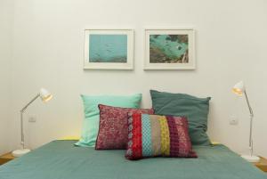 Appartement avec terrasse, sur le port, pieds dans l'eau, Apartmanok  Cassis - big - 28