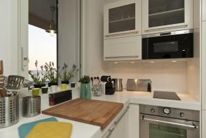 Appartement avec terrasse, sur le port, pieds dans l'eau, Apartmanok  Cassis - big - 13