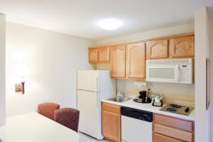 Hampton Inn & Suites St. Louis-Chesterfield, Отели  Chesterfield - big - 13