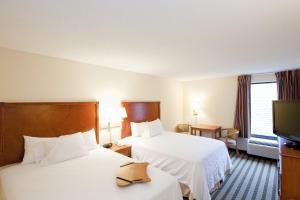Hampton Inn & Suites St. Louis-Chesterfield, Отели  Chesterfield - big - 2