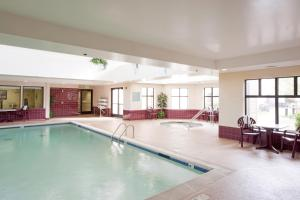 Hampton Inn & Suites St. Louis-Chesterfield, Отели  Chesterfield - big - 11