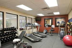 Hampton Inn & Suites St. Louis-Chesterfield, Отели  Chesterfield - big - 16