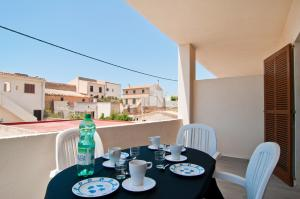 Apartamentos Estanques, Apartmanok  Colonia Sant Jordi - big - 8