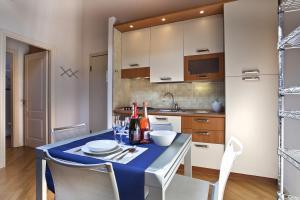 La Colombina, Apartmanok  Verona - big - 15