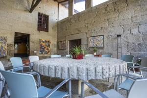 Hotel Torre Lombarda, Country houses  Allariz - big - 23