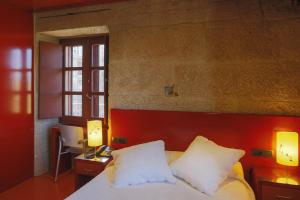Hotel Torre Lombarda, Country houses  Allariz - big - 26