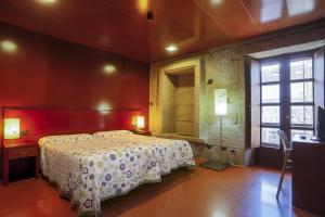 Hotel Torre Lombarda, Country houses  Allariz - big - 19