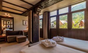 Hotel Ciria, Отели  Бенаске - big - 13