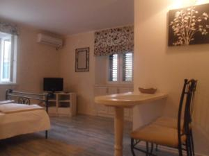 Old Town Apartment, Ferienwohnungen  Šibenik - big - 28