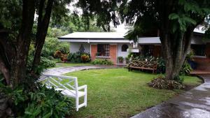 La Villa Río Segundo B&B, Bed and breakfasts  Alajuela - big - 54