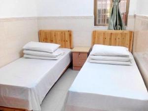 Luo Family Hostel Branch 2, Hostely  Kanton - big - 14