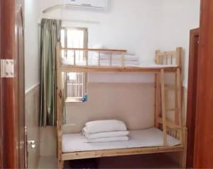 Luo Family Hostel Branch 2, Hostely  Kanton - big - 15