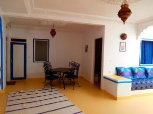 Maison D'hôtes Tiwaline, Penzióny  Sidi Ifni - big - 10
