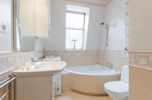 Dom & House - Apartamenty Monte Cassino, Apartmanok  Sopot - big - 69