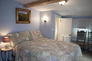 Budget Double Inn Room
