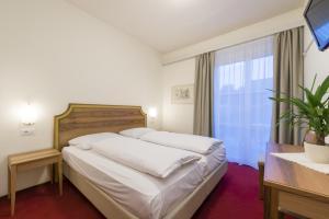 Hotel Elefant, Szállodák  Ora/Auer - big - 7